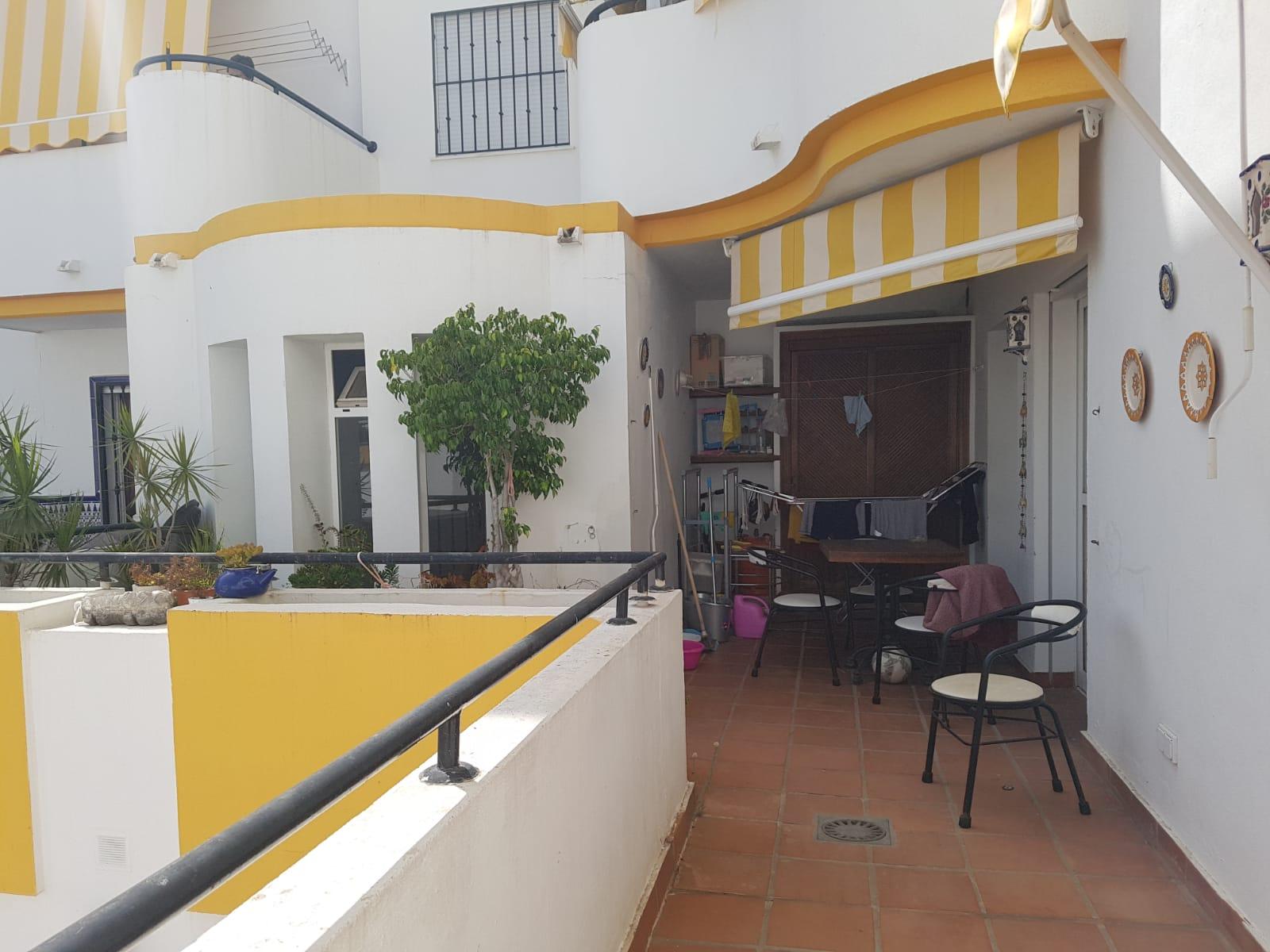San Pedro Cantro. Piso de 2 dormitorios en alquiler de larga temporada